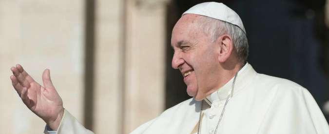 """Papa Francesco: """"Le morti dei migranti sono crimini che offendono l'umanità"""""""