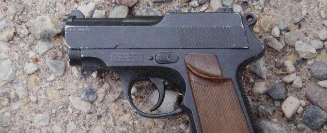 Alabama, bambino di 2 anni spara e uccide il padre con un colpo di pistola