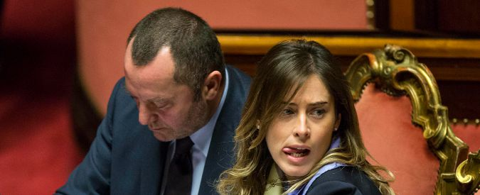 Ddl Boschi, pioggia di emendamenti. Pizzetti (Governo): 'Oltraggio al buon senso, il testo andrà direttamente in aula'