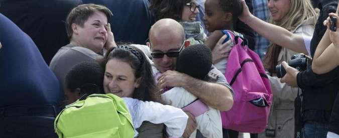 Congo, famiglie dei bimbi adottati e non ancora in Italia: 'Siamo stati abbandonati'
