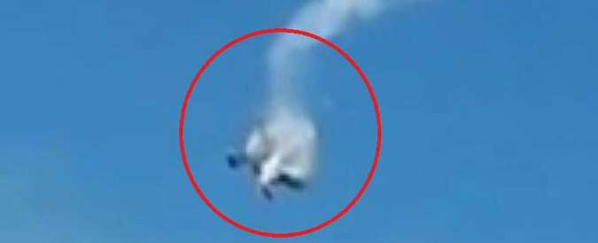 Svizzera, scontro tra due aerei durante airshow: almeno un morto