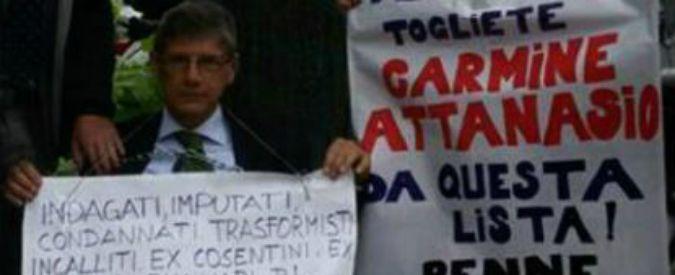 Napoli, l'assessore trasformista Attanasio cambia ancora e torna nel Pd. Vacilla la maggioranza di De Magistris