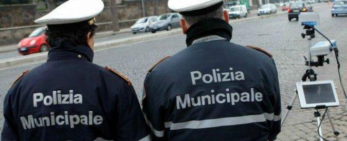 Cremona, ruba auto e autovelox lo multa. Ma volto del ladro resta segreto: 'Privacy'