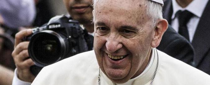 """Papa Francesco: """"Milioni di uomini e donne schiavi del lavoro. Atto contro Dio"""""""