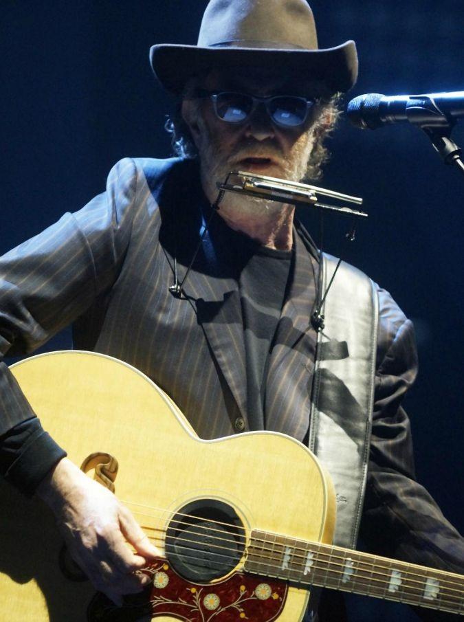 Francesco De Gregori, a ottobre un album con le cover (tradotte) di Bob Dylan