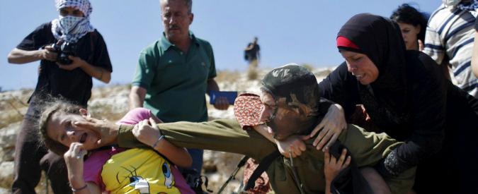 Israele, attivista italiano rilasciato su cauzione. Filmava soldato che bloccava ragazzino