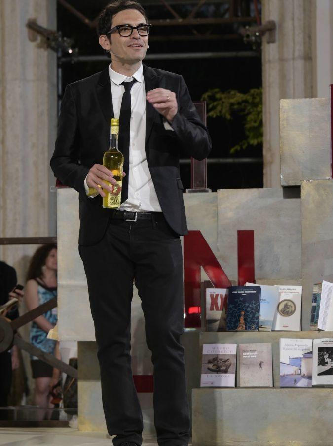 """Nicola Lagioia, effetto Strega. Vendite da bestseller per """"La Ferocia"""": """"Premi e comparsate in tv non bastano, dobbiamo formare nuovi lettori"""""""