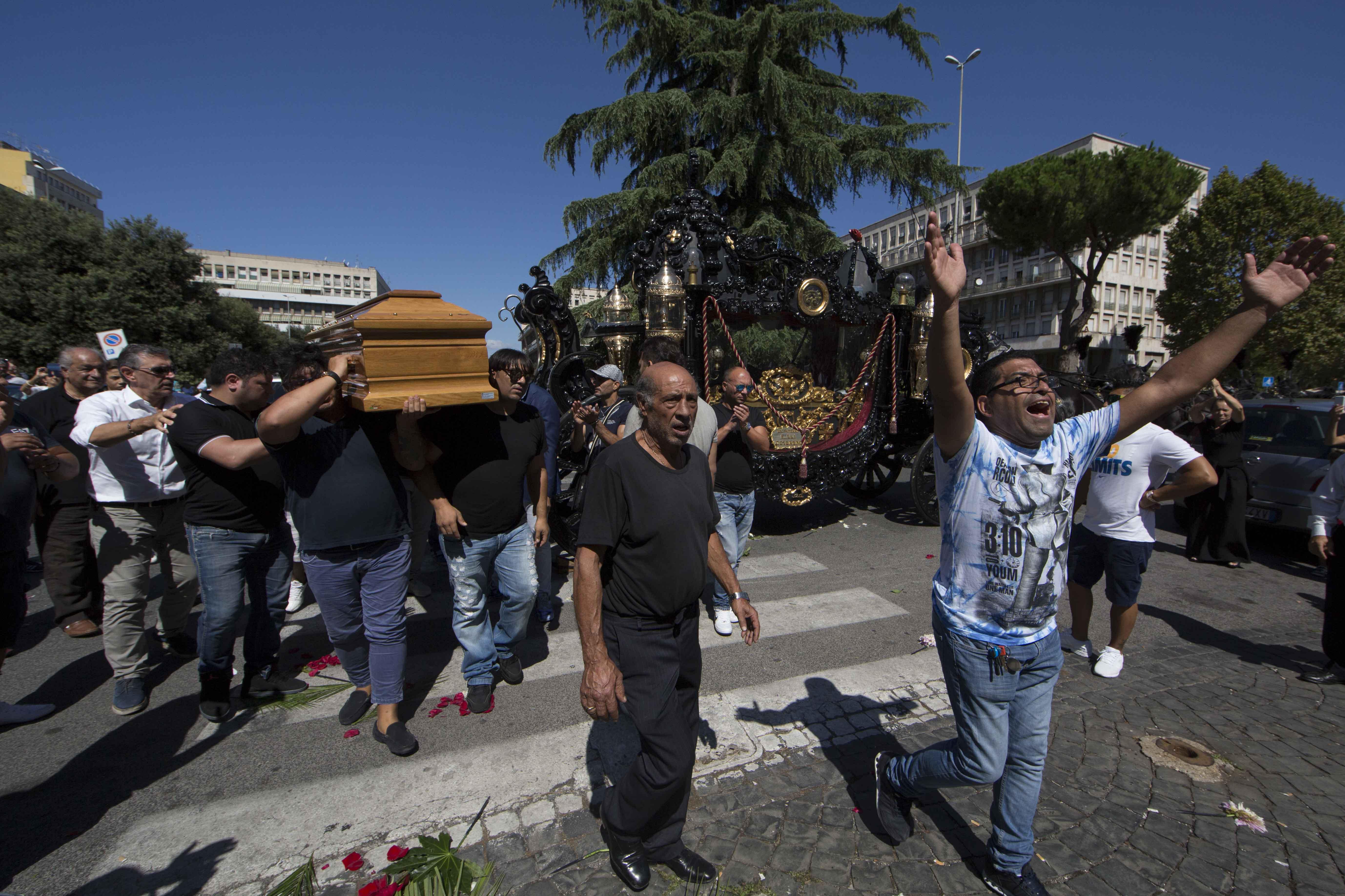incontri roma funeral home