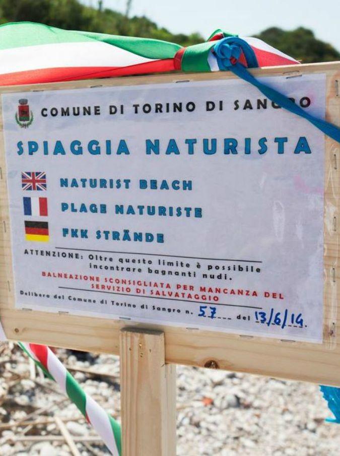 5 spiagge nudiste per un Ferragosto in armonia con il proprio corpo