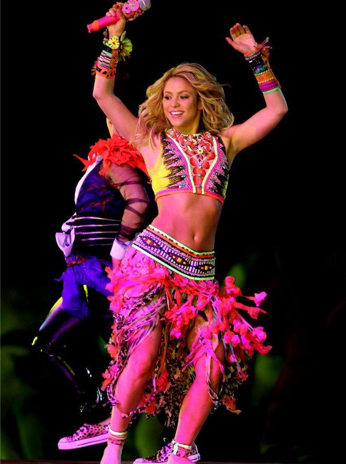 """Shakira, l'accusa del fisco spagnolo: """"Ha evaso decine di milioni di euro"""""""