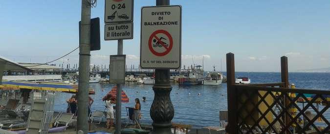 Sorrento, a Marina Grande famiglie a mollo davanti a divieto di balneazione
