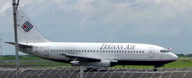 """Indonesia, precipita aereo della Trigana Air con 54 persone. """"Schiantato sulla montagna"""""""