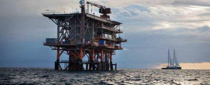 Trivelle off shore, il bluff del governo: permessi sospesi solo per un anno, concessione a Ombrina Mare prorogata