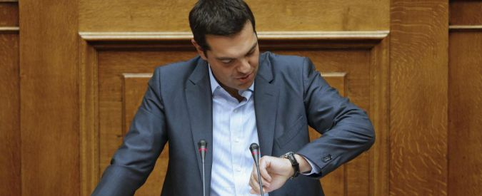 Grecia, nei sondaggi è testa a testa Syriza-conservatori. Alba dorata terzo partito