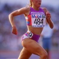 Suzy Favor Hamilton, da atleta olimpica a escort di lusso