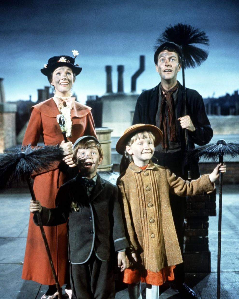 """Una scena del film """"Mary Poppins"""" del 1964"""