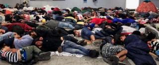 Migranti in Ungheria non scendono da treni: scontri con polizia. Lite Budapest-Berlino. Merkel: 'Faccio ciò che è giusto'