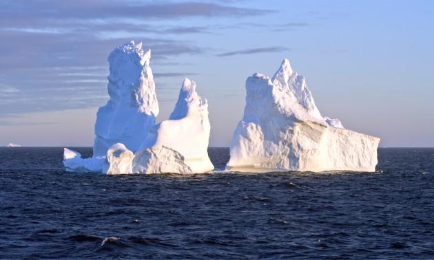 Sunset_iceberg_2