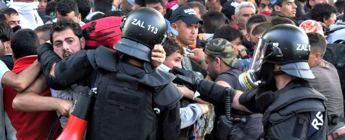 """Migranti, """"muro di Orban tra Ungheria e Croazia fatto gravissimo: rinnega valori Ue. C'è rischio che Schengen si sgretoli"""""""