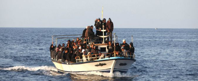 Migranti, affonda barcone nel mar Egeo: 11 morti tra cui 5 bambini