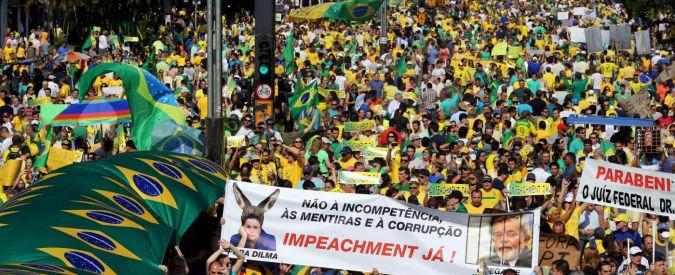 """Brasile, per S&P il debito è """"spazzatura"""". Ex emergente in crisi tra recessione e corruzione"""