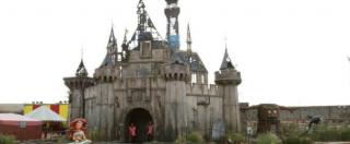 Dismaland, il castello di Cenerentola si sposta al campo profughi di Calais