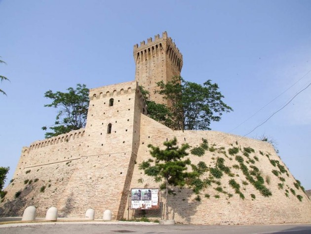 castello_montefiore_04