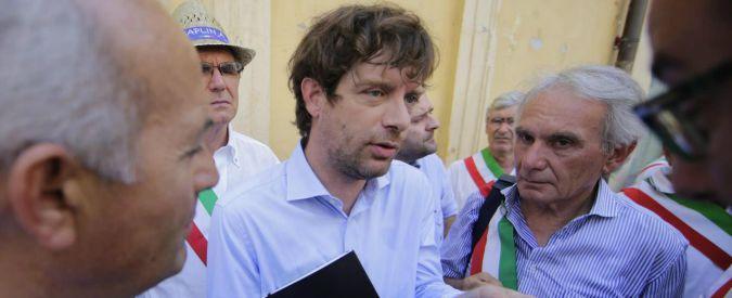 Civati, campagna per gli otto referendum: verso le 300mila firme raccolte