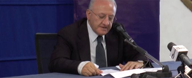 """Vincenzo De Luca indagato, il governatore: """"Totale estraneità a condotte meno che corrette"""""""
