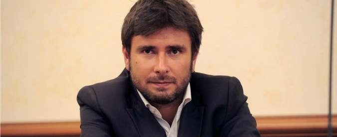 """M5S, Di Battista: """"Luigi Di Maio, l'uomo giusto per convincere i moderati"""""""