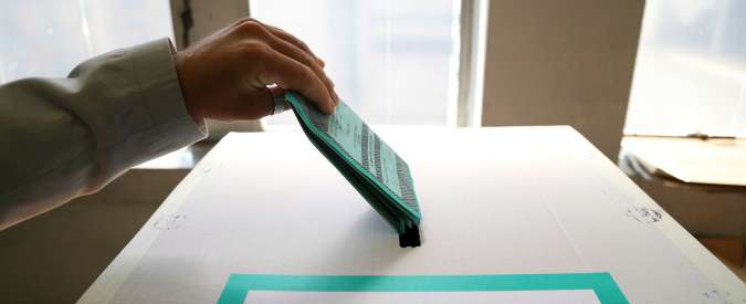 Italicum, raccolta firme del referendum: le informazioni per aiutare i comitati