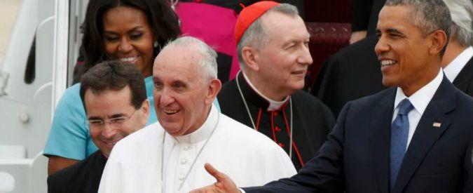 Papa Francesco in Usa, accolto da famiglia Obama: stretta di mano con Barack