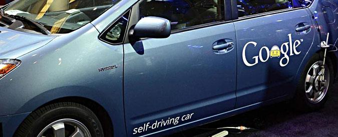 Google car, problema codice della strada: lei lo rispetta, tutti gli altri no