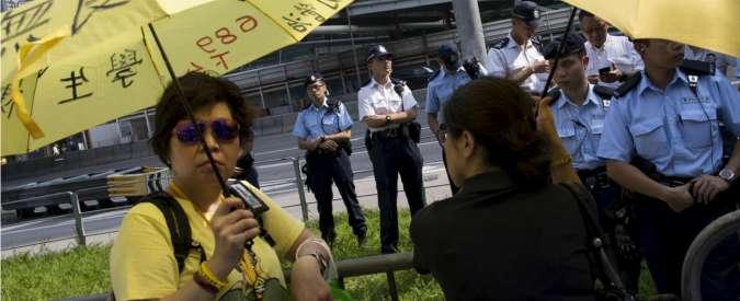 """Hong Kong, Pechino vuole decidere sui candidati: """"Eletto solo chi ama la Cina"""""""