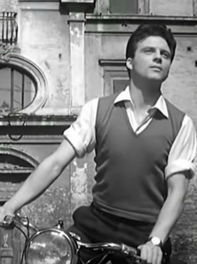 """Franco Interlenghi, morto il protagonista di """"Sciuscià"""" e del neorealismo. Recitò con De Sica e Fellini"""