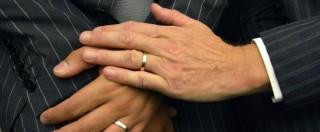"""Matrimoni gay, impiegata Usa nega licenze: """"E' contro Dio"""". Ma è stata sposata 4 volte"""