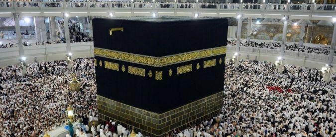 """La Mecca, crolla una gru sulla Grande Moschea: """"Oltre 100 persone morte"""""""