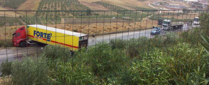 Maltempo, frane e allagamenti in Sicilia e Calabria. Allerta meteo fino a giovedì