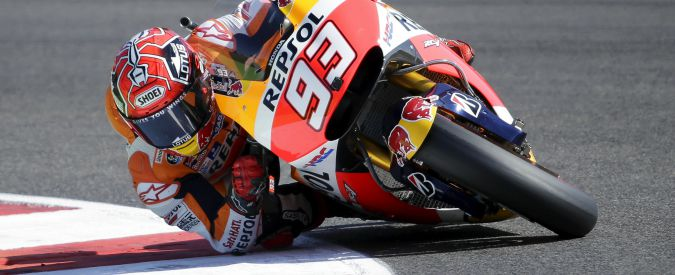 Motogp a Phillip Island: Marquez in pole, terzo Lorenzo. Indietro Rossi, settimo