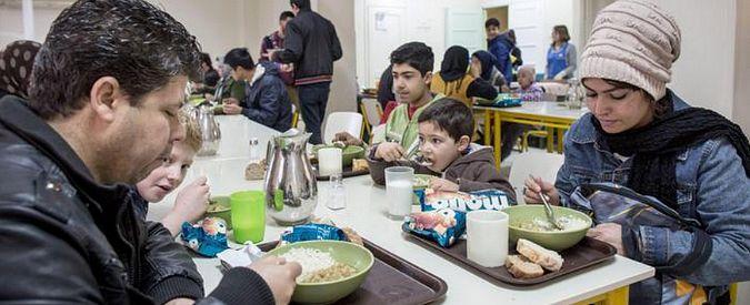 """Spagna, ripresa solo sulla carta. Save the children: """"Un bambino su 3 in povertà"""""""