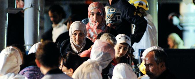 Migranti, non esiste una sola Europa: Germania dà 143 euro a ogni richiedente. Svezia garantisce sanità e scuola per i figli