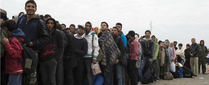 """Migranti, Credit Suisse: """"Spinta a pil Ue dello 0,2% l'anno. Le spese si ripagano"""""""