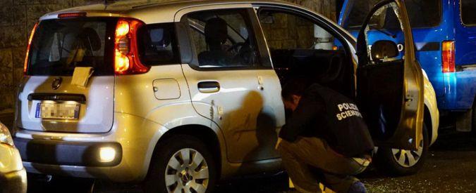 """Poliziotto ferito a Napoli, fermato sospetto: """"Sono io quello che cercate"""""""