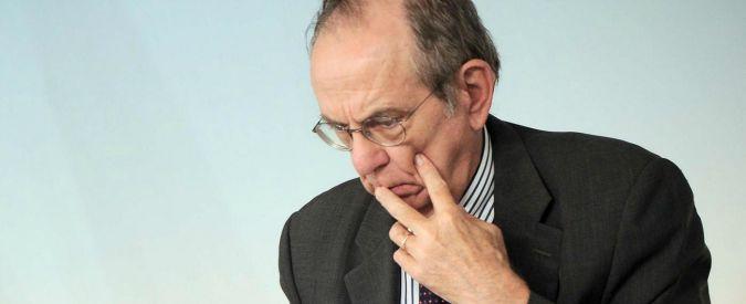 Pensioni, Padoan ci ripensa: 'Flessibilità di uscita dal lavoro già in legge Stabilità'