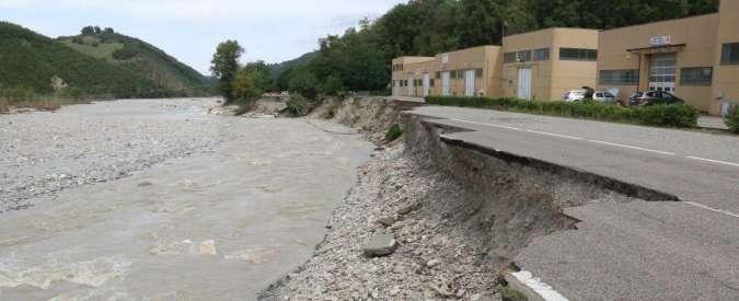"""Piacenza, Protezione civile poco prima dell'alluvione: """"Nessun rischio"""". E il sindaco fu avvertito ma solo per mail"""