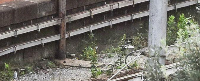 Genova, allarme bomba a stazione: evacuato palazzo e treni bloccati. Ma dentro pentola c'era minestrone