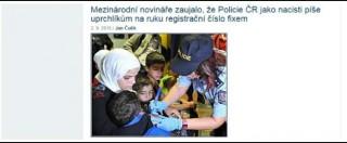 """Repubblica Ceca, migranti 'marchiati' sul braccio al confine con l'Austria. """"Pratica che rimanda ai campi nazisti"""""""