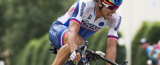 Peter Sagan è campione del mondo di ciclismo: scatta sul pavè e arriva a braccia alzate. Male gli italiani