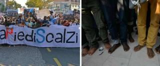 Marcia degli scalzi, dal Lido di Venezia a Napoli: in migliaia nelle strade senza scarpe in solidarietà con i migranti