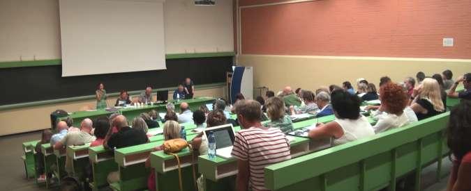 """Scuola, comitati riuniti a Bologna: """"Referendum per abolire le riforme degli ultimi 20 anni, da Berlinguer a Renzi"""""""